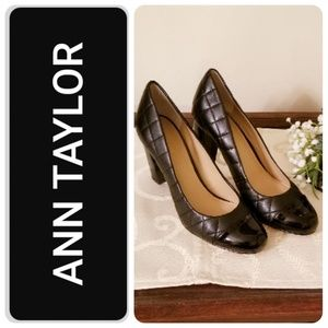 Ann Taylor Quilted Patent Cap Toe Pump